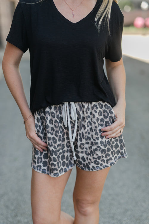 NEW COMFORT LEOPARD SHORTS