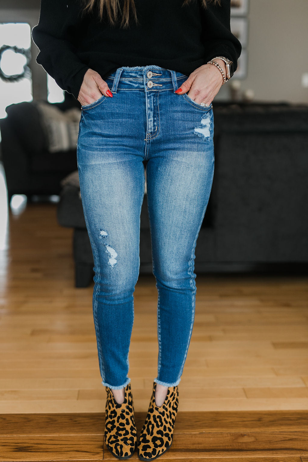 HIGH + MIGHTY DISTRESSED HIGH RISE SKINNY
