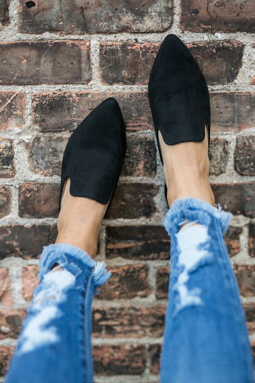 MAKE THE SCENE BLACK MULE