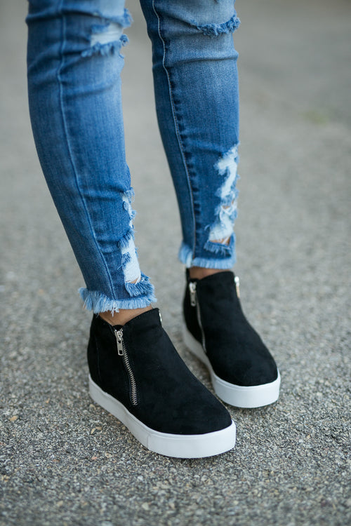 LIFESTYLE WEDGE SNEAKER- BLACK