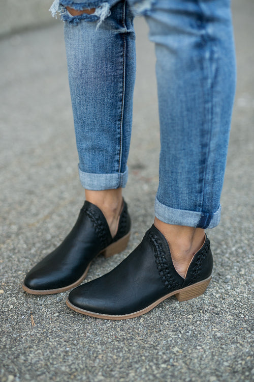 ELITE BOOTIE - BLACK