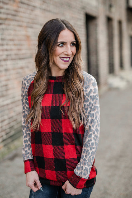 MY FAVORITE TRADITION PLAID TOP