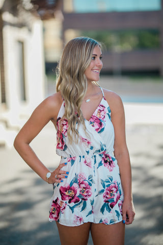 18a90425451 FLORAL PRINT OPEN BACK ROMPER - WHITE