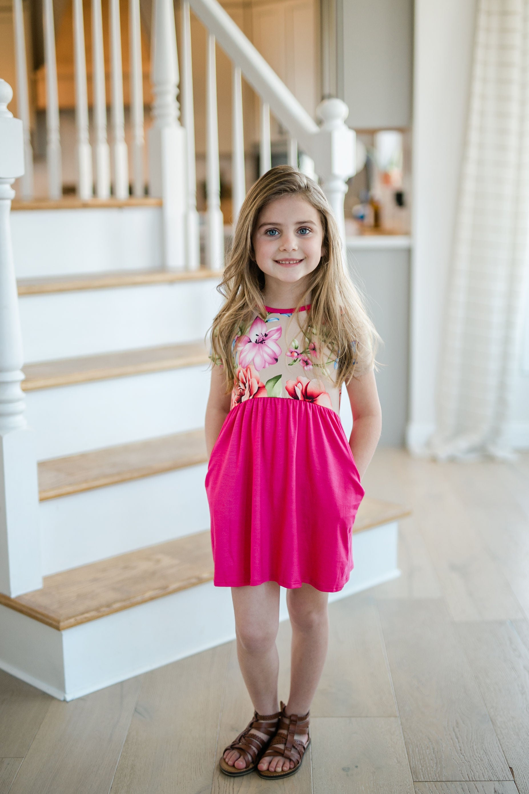 TODDLER FLORAL PRINT DRESS OATMEAL/FUCHSIA