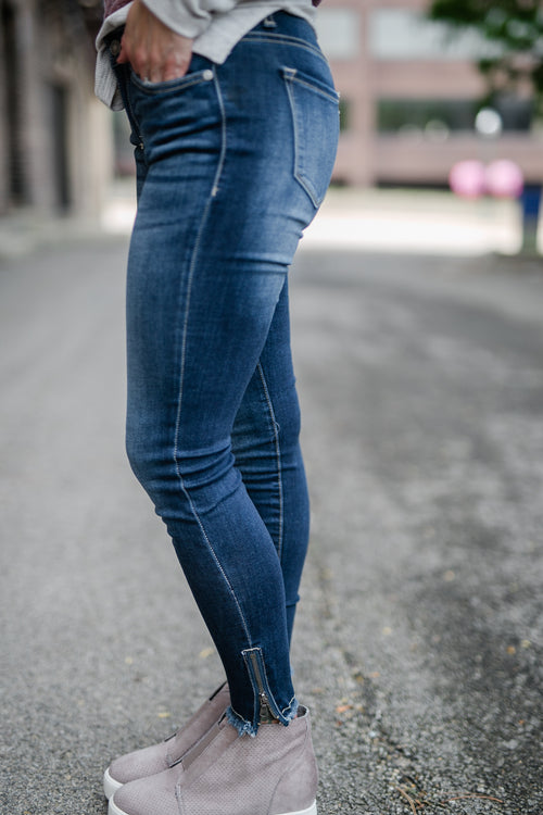 AFTER THOUGHT DARK WASH SKINNY JEAN