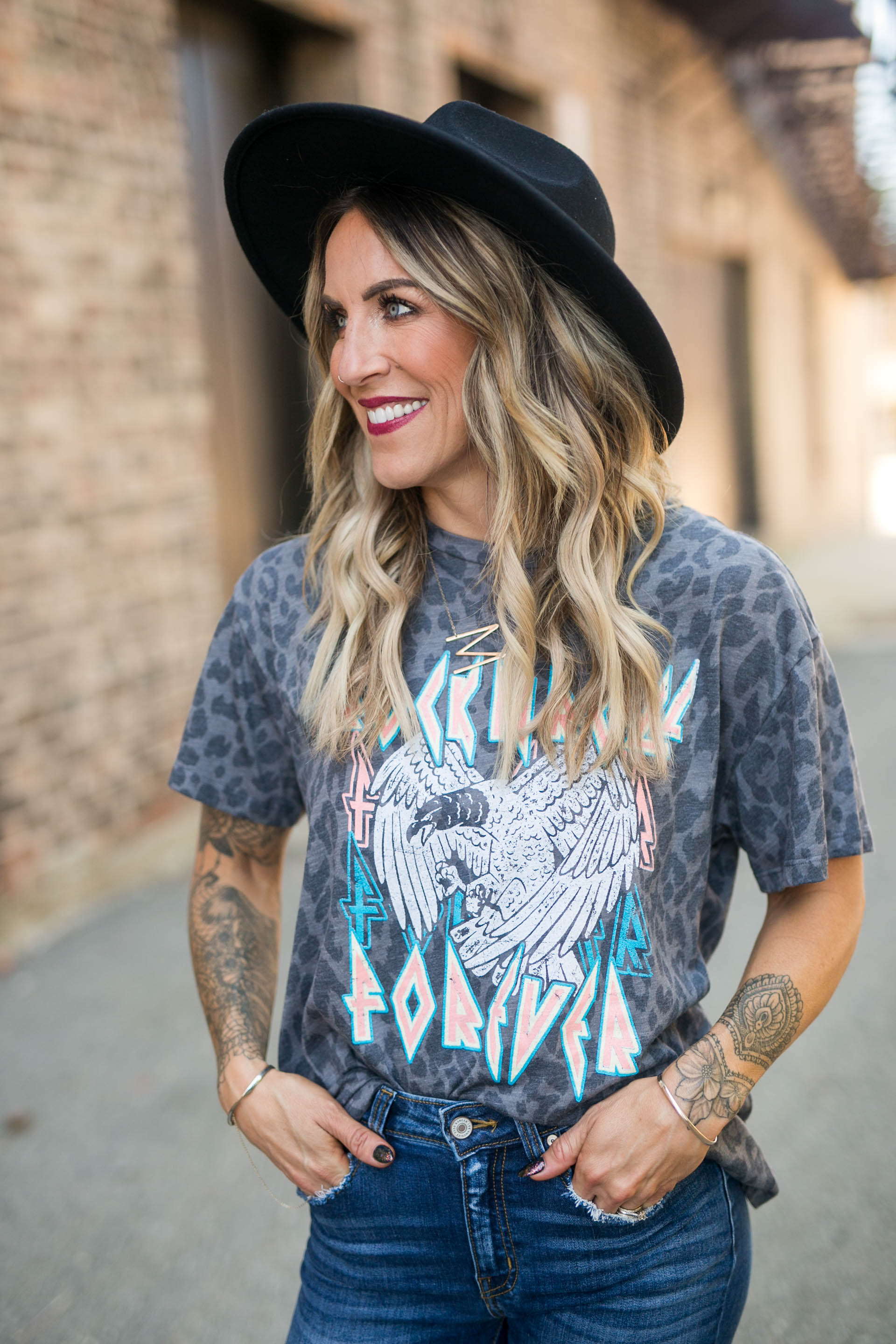 ROCK AND ROLL FOREVER GRAPHIC TOP - GREY