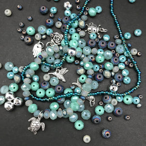 Stretch Bracelet Kit: Aqua Shades