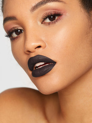 STAGENIUS BLACK Long-wearing Matte Lipstick