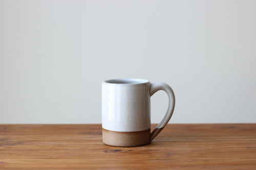 The Farmhouse Mug in Stoneware White