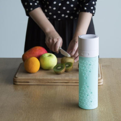Juice and Smoothie Preserving Bottle
