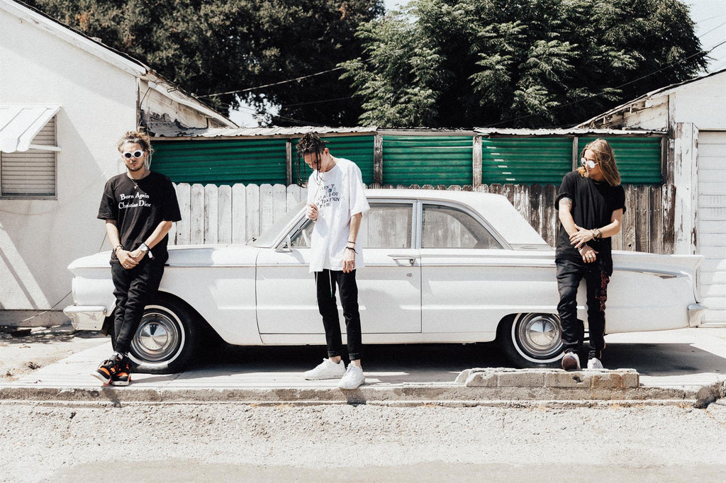 CHASE ATLANTIC RELEASE NEW SINGLE  'LIKE A ROCKSTAR' AND ANNOUNCE SIGNING TO BMG
