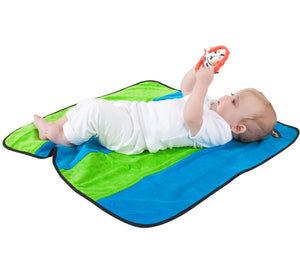 Mum2Mum - Play n' Change Mat https://babystuff.co.nz/products/mum2mum-play-n-change-mat Fun. Providing a clean space for baby wherever you are. Funky two colour stripe design. Dimensions: 74cm (w) x 74cm (l) Made from 100% cotton, super-absorbent velour toweling with a nylon water resistant backing.