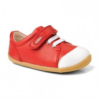 Bobux - step up - Ice-Cap Casual Trainer - Red https://babystuff.co.nz/products/bobux-step-up-ice-cap-casual-trainer-red An innovative splashtex™ leather toecap helps to repel dirt and water for active toddlers.Step up shoes are perfect for first walkers, as they have a flexible sole that enables feet to bend and move naturally, and have 100% leather uppers for natural breathability.9-12 monthsMost children will have taken their first su...