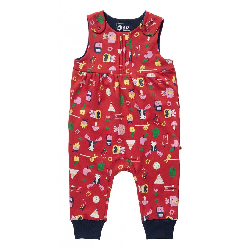 piccalilly - bowness dungarees https://babystuff.co.nz/products/piccalilly-bowness-dungarees Our gorgeous red girls jersey dungarees for baby and toddler are perfect playwear for both indoors and outdoors. Made from beautifully soft and durable organic cotton and featuring a bright and vibrant red outdoor adventure print with mushrooms, campfires and all the fun of an outdoor camping adventure! Features side s...