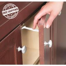 Safety 1st - Wide Grip Latches https://babystuff.co.nz/products/safety-1st---wide-grip-latches Wide Grip Latches keep cabinets and drawers off limits to little ones. Wide easy grip surface for quick parent access Simple to install and easy to use