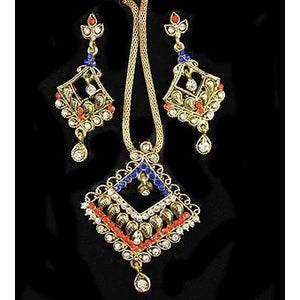 Earrings and necklace set - Vintage India NYC