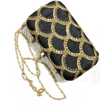 VM embroidered clutch-Black scallop