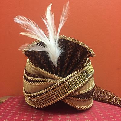 Maroon and gold pagari turban