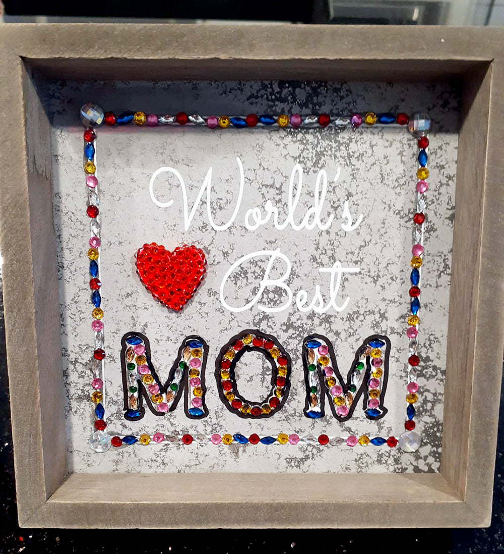 World's Best Mom Sign with Diamonds