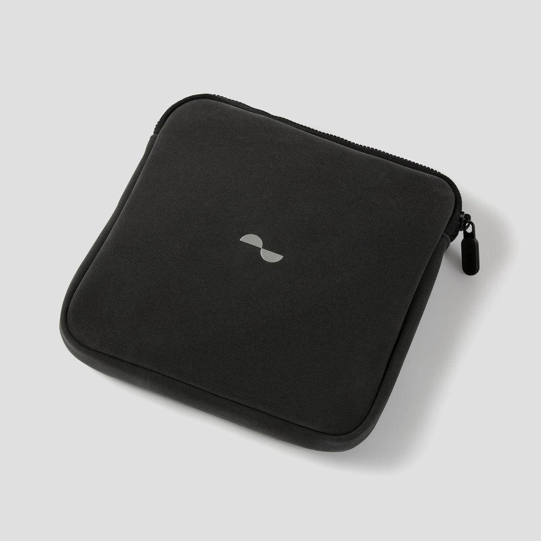 Soft travel case for Nuraphone