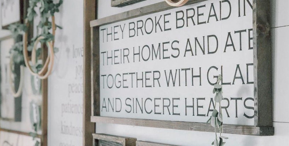 vintage and farmhouse kitchen signs