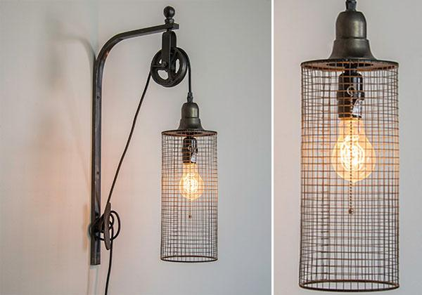 industrial wall mounted pulley light