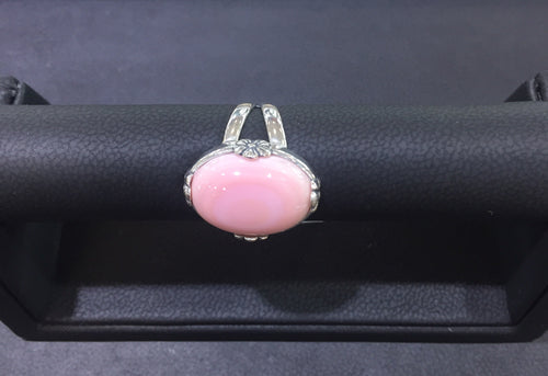 Pink Queen Conch Ring