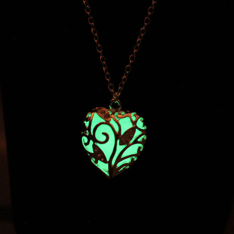 Glowing Heart Chakra Pendant - EpicGearCenter