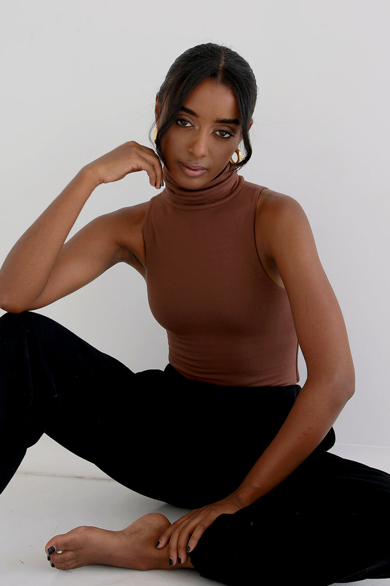 Turtleneck Sleeveless Bodysuit Chocolate