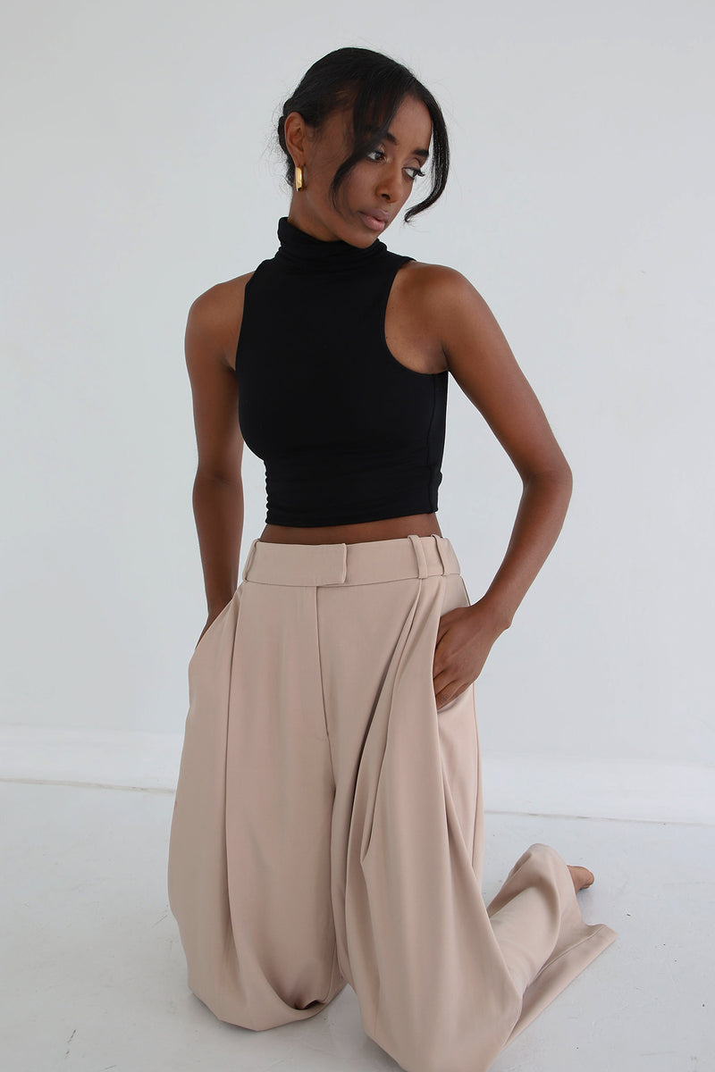 Turtleneck Sleeveless Top Black