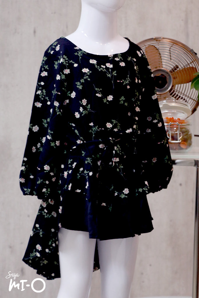 Dhia Floral Clusters Kids' Top in Black - Saja Mi-O