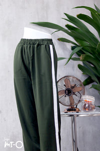 Jemaine Straight Cut Track Pants in Green