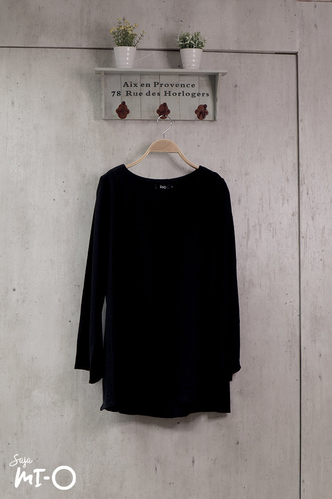 Shereen Plain Top in Black