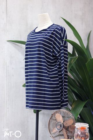 Lina Basic Striped Top in Navy