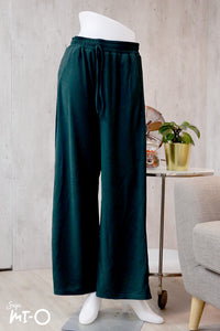 Arwa Everyday Comfort Pants in Forest Green - Saja Mi-O