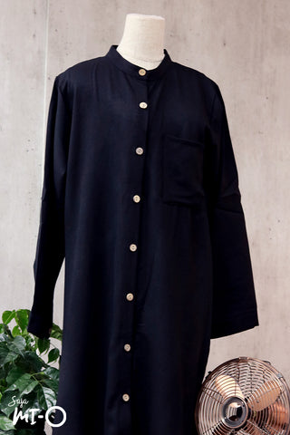 Raidah Solid Button-down Abaya in Black