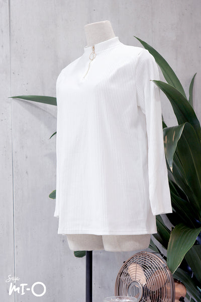 Riz Zip Front Top in White