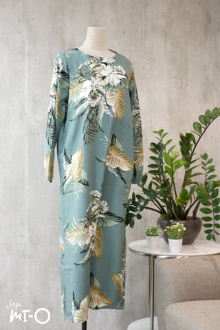 Caitlyn Botanicals Dress in Teal Green