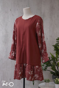 Kailey Floral Tunic Top in Rust Red