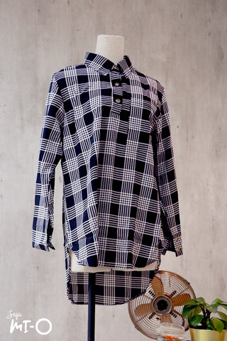 Zahia Checkered Collared Top in Black
