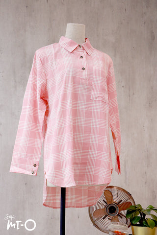 Zahia Checkered Collared Top in Salmon Pink