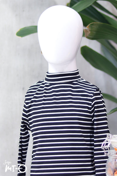 Erlin Striped Roll Neck Top in Black (Kids) - Saja Mi-O