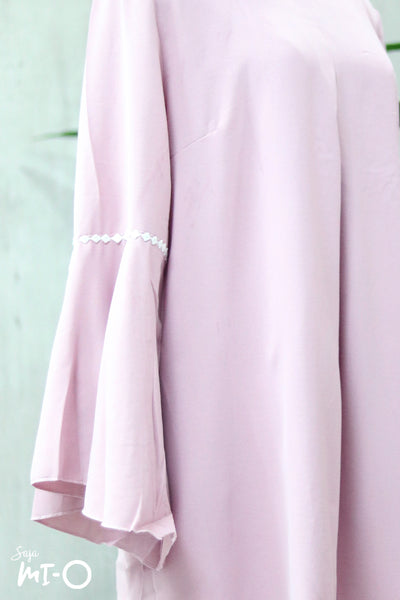 Lyne Flare Sleeves Longline Top in Pink