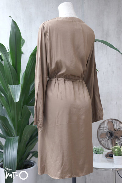 Lydia Tie-Waist Shirtdress in Brown