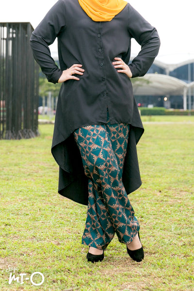 Leila Geometrique Printed Pants in Green