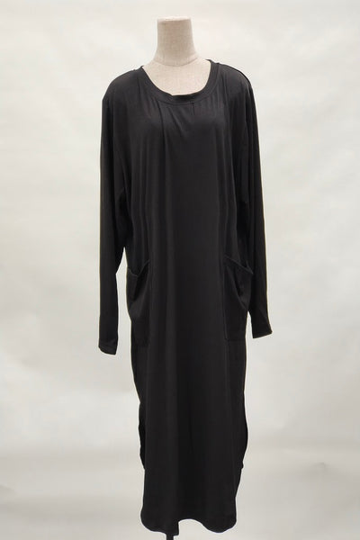 Martha Plus Size Long Top in Black
