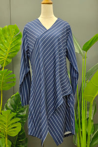 Lyka V-Neck Stripe Top in Navy Blue
