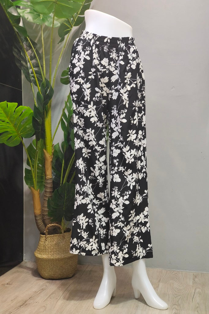 Lydia Straight Cut Pants in Floral Black