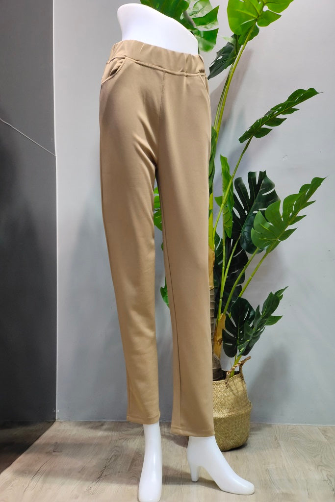 Kamila Pull-On Pants in Brown