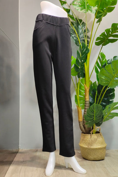 Kamila Pull-On Pants in Black